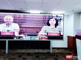 Hai Phó Chủ tịch UBND TP.HCM, ông Võ Văn Hoan và bà Phan Thị Thắng tại cuộc họp trực tuyến chiều 28/1 (Ảnh: Hoà Bình)