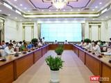 Toàn cảnh cuộc họp Ban chỉ đạo phòng, chống dịch bệnh COVID-19 TP.HCM sáng nay 12/4 (Ảnh: Huyền Mai)