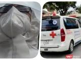 Đoàn vận chuyển người bệnh đi cách ly điều trị bị ùn tắc bên ngoài Bệnh viện Dã chiến - Ảnh: Hoà Bình chụp màn hình video