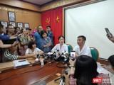 Bác sĩ Nguyễn Trung Nguyên - Giám đốc Trung tâm Chống độc, Bệnh viện Bạch Mai trả lời phỏng vấn báo chí.