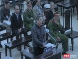 Cựu Bộ trưởng Bộ TT&TT Nguyễn Bắc Son tại phiên xét hỏi sáng nay.