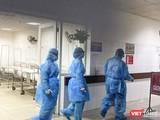 Bệnh viện Bạch Mai cho biết đã thực hiện khử khuẩn hàng ngày ngay từ những ngày đầu dịch. Ảnh: Minh Thúy.