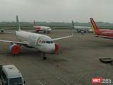 Máy bay đậu đỗ tại sân bay Nội Bài trong thời điểm chống dịch COVID-19. Ảnh: Anh Lê.