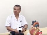 PGS. TS. Nguyễn Hữu Ước - Giám đốc Trung tâm Tim mạch và lồng ngực, Bệnh viện Hữu nghị Việt Đức (Ảnh: Minh Thúy)