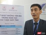 TS. Nguyễn Hoài Bắc – Trưởng Khoa Nam học và Y học giới tính, Bệnh viện Đại học Y Hà Nội (Ảnh: Minh Thuý)