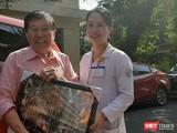 Nam Việt kiều Mỹ hân hoan trong ngày xuất viện. Ảnh: Nguyễn Trăm