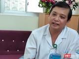 Bác sĩ trưởng khoa Nhiễm D, BV Bệnh Nhiệt đới TP.HCM chia sẻ về tái nhiễm COVID-19. Ảnh: Hòa Bình