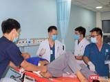 Bệnh nhân được đưa về điều trị tại BV Quân y 175. Ảnh: BVCC