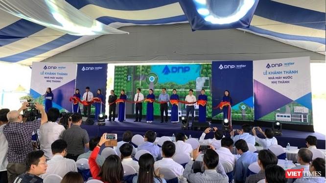 Toàn cảnh buổi lễ khai trương dự án Nhà máy nước sạch Nhị Thành (Ảnh: VT)