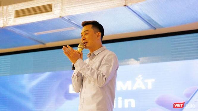CEO Trần Việt Vĩnh trong buổi ra mắt ứng dụng Fiin ngày 5/5