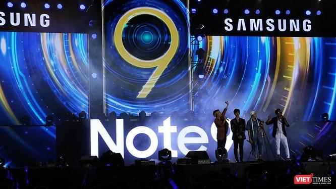 Đêm nhạc ra mắt Note 9 tại Hà Nội