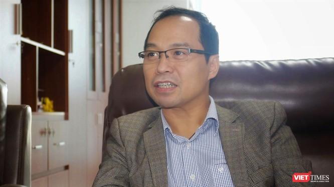 PGS.TS.NCVCC. Nguyễn Huy Hoàng – Viện trưởng Viện Nghiên cứu hệ gene (Viện Hàn lâm Khoa học và Công nghệ Việt Nam).