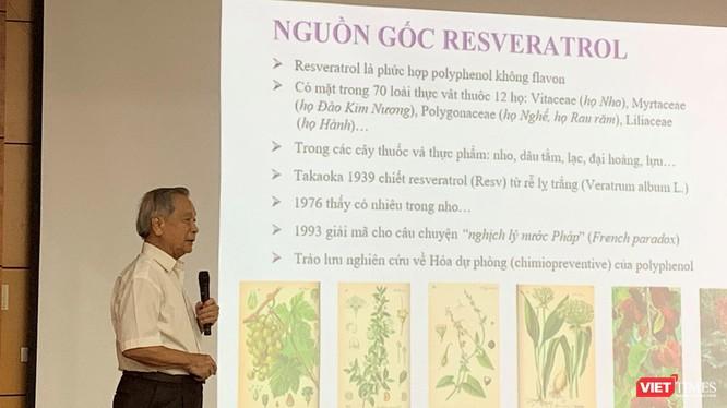 GS.TS Đào Văn Phan chia sẻ về ứng dụng hoạt chất mới Resveratrol trong điều trị ung bướu