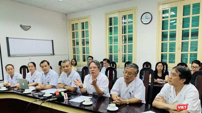 Các chuyên gia trực tiếp tham gia và tổ chức các ca ghép tạng tại BVHN Việt Đức