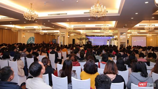 Khoảng 500 đại biểu tham dự diễn đàn