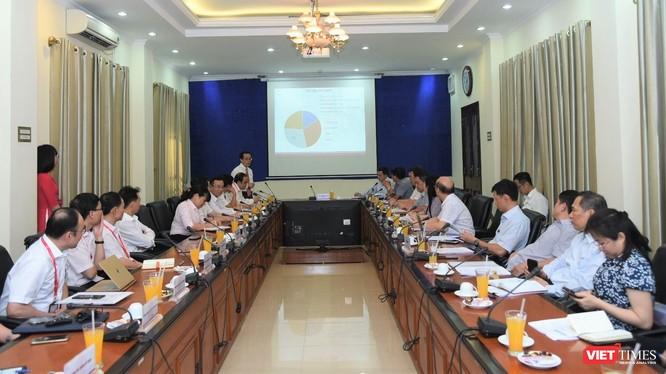 Thứ trưởng Trần Văn Thuấn làm việc với Trường Đại học Y Hà Nội về phương hướng phát triển của trường