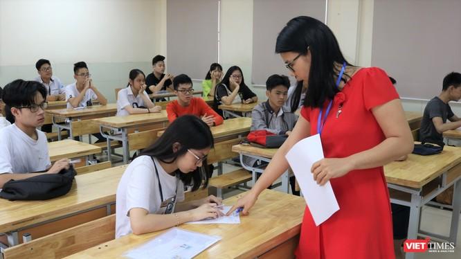 Trong phòng thi (ảnh: Minh Thúy)