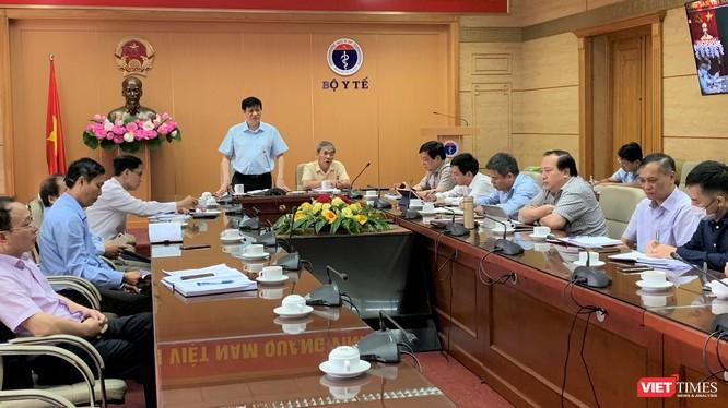 Quyền Bộ trưởng Bộ Y tế Nguyễn Thanh Long tại cuộc họp trực tuyến với Giám đốc Sở Y tế 63 tỉnh, thành phố trên toàn quốc vào sáng nay, 2/8.
