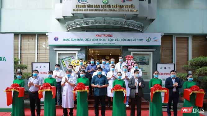 Bệnh viện Việt Đức khai trương Trung tâm khám, chữa bệnh từ xa