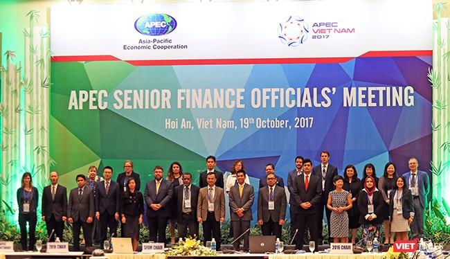 Sáng 19/10, Hội nghị Quan chức tài chính cấp cao APEC 2017 đã chính thức khai mạc tại Hội An (Quảng Nam), bắt đầu cho sự kiện Hội nghị Bộ trưởng Tài chính APEC 2017 tại Quảng Nam.