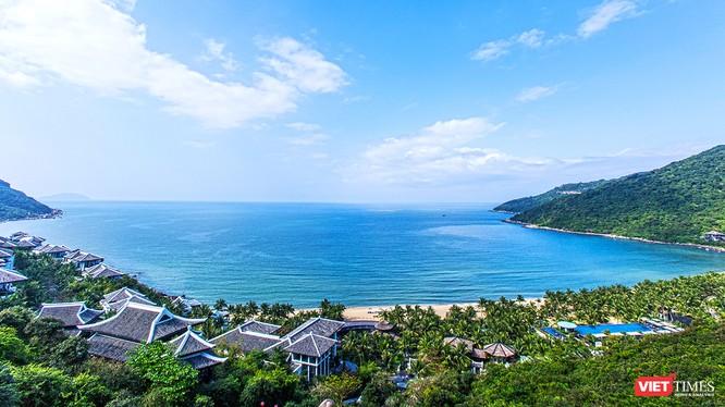 InterContinental® Danang Sun Peninsula Resort tại bán đảo Sơn Trà (Đà Nẵng) là khu nghỉ dưỡng được chọn làm nơi tổ chức 2 phiên họp kín của các nhà lãnh đạo của 21 nền kinh tế thành viên APEC