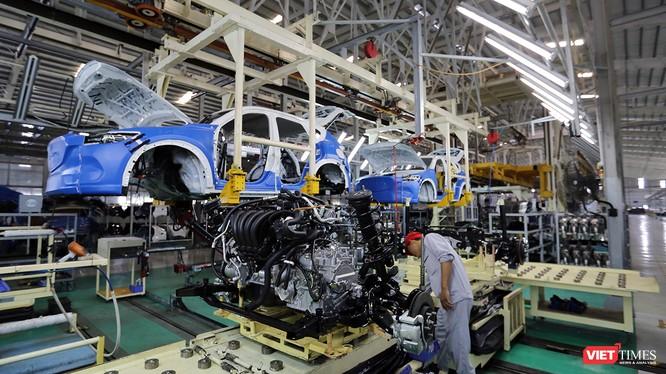 Một góc dây chuyền sản xuất và lắp ráp xe ô tô tại nhà máy của Thaco ở Quảng Nam