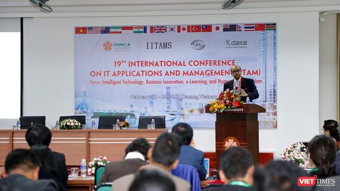 """Ngày 3/2, Trường Đại học Đông Á (Đà Nẵng) cùng với Hiệp hội cơ sở dữ liệu Hàn Quốc (KDBS) và Hiệp hội """"Công nghệ thông tin và quản lý quốc tế"""" (IITAMS) tổ chức Hội thảo quốc tế lần thứ 19 về """"Ứng dụng công nghệ thông tin và quản lý"""" (gọi tắt là ITAM)."""