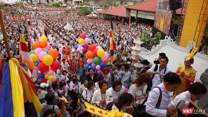 Lễ hội Quán Thế Âm, một trong những lễ hội lớn được tổ chức hằng năm Đà Nẵng