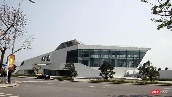 Dự án bến du thuyền, nhà hàng bên sông Hàn do công ty TNHH I.V.C làm chủ đầu tư của ông Phan Văn Anh Vũ đang được Đà Nẵng rà soát