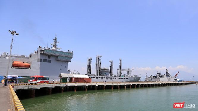 Đội tàu Hải quân của Ấn Độ gồm mang tên Sahyadri, Shakti, Kamorta cùng 913 sỹ quan, thủy thủ đoàn đã cập cảng Tiên Sa, chính thức bắt đâu chuyến thăm hữu nghị TP Đà Nẵng.