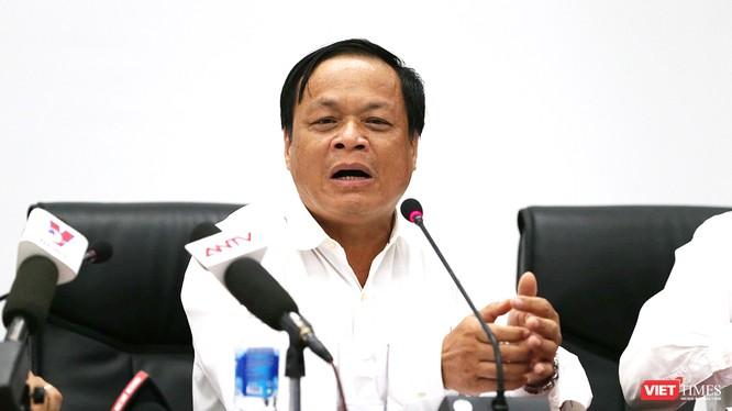 Ông Võ Ngọc Đồng, Giám đốc Sở Nội vụ TP Đà Nẵng trả lời báo chí tại buổi cung cấp thông tin