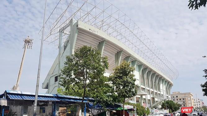 Sau khi nhận chuyển nhượng sân vận động Chi Lăng với mức giá gần 1.500 tỷ đồng, Tập đoàn Thiên Thanh đã chia thành 14 lô đất đem thế ngân hàng.