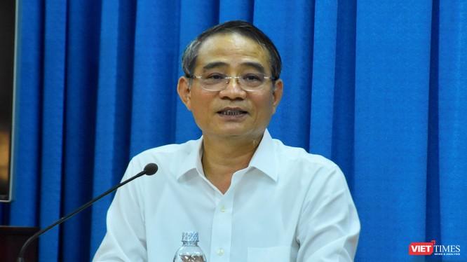 Bí thư Thành ủy Đà Nẵng Trương Quang Nghĩa tại buổi tiếp xúc với các cán bộ hưu trí Câu lạc bộ Thái Phiên