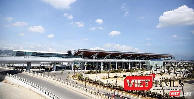 """Tại Hội thảo """"Định hướng quy hoạch phát triển trung tâm các khu vực đô thị TP Đà Nẵng"""" ngày 8/9, có chuyên gia đề xuất nghiên cứu việc di dời sân bay Đà Nẵng"""