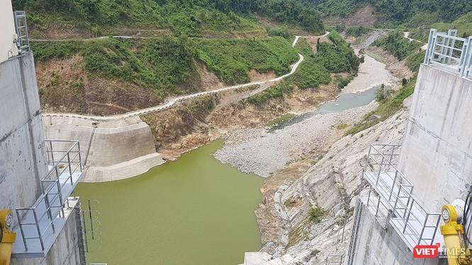 UBND TP.Đà Nẵng vừa có văn bản yêu cầu nhà máy thủy điện ở Quảng Nam điều tiết, mở cửa xả nước về hạ du để đảm bảo nguồn nước phục vụ sinh hoạt và hoạt động sản xuất.