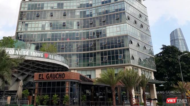 Hạng mục cảnh quan, mặt tiền tầng khối đế của dự án Khu phức hợp khách sạn Bạch Đằng (địa chỉ số 50 Bạch Đằng, phường Hải Châu 1, quận Hải Châu, TP Đà Nẵng) xây dựng không phép.