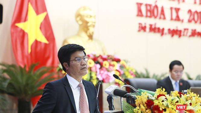 Giám đốc Sở Du lịch TP Đà Nẵng Ngô Quang Vinh trả lời chất vấn đại biểu HĐND liên quan đến Tour 0 đồng