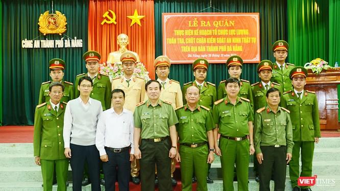 Ngày 28/12, Công an TP Đà Nẵng đã tổ chức Lễ công bố quyết định thành lập và ra mắt các Tổ công tác đặc biệt theo Kế hoạch 911 của Giám đốc Công an TP.