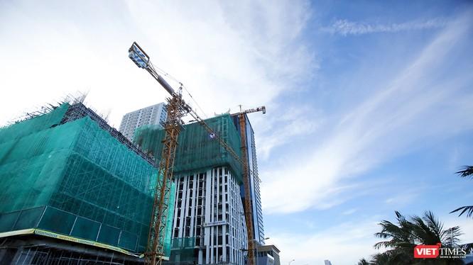 UBND TP Đà Nẵng yêu cầu Sở Xây dựng và Sở KH-ĐT không thẩm định thiết kế xây dựng, không cấp mới hoặc điều chỉnh giấy phép xây dựng và không tham mưu cấp Quyết định chủ trương đầu tư, giấy chứng nhận đăng ký đầu tư cho các dự án chưa có báo cáo đánh giá t