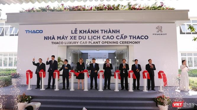 Nhà máy xe du lịch cao cấp Thaco theo tiêu chuẩn quốc tế tại Chu Lai (Quảng Nam) chính thức khánh thành.
