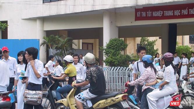 Điểm chuẩn vào lớp 10 trường THPT Phan Châu Trinh có điểm chuẩn cao nhất với 47 điểm.