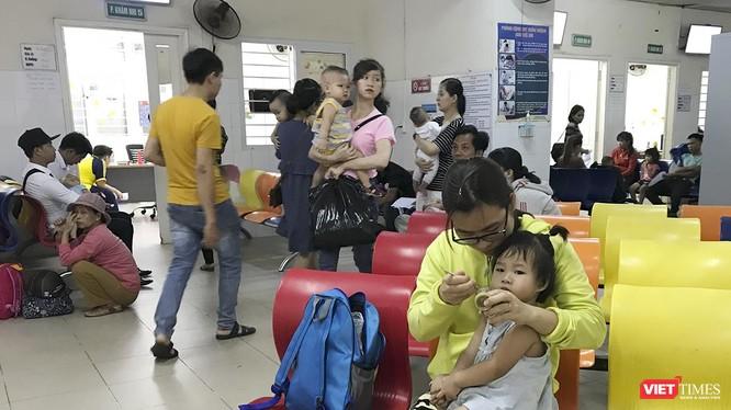Theo thống kê của Bệnh viện Phụ sản-Nhi TP Đà Nẵng, trong tuần qua đã có gần 720 ca bệnh nhi nhập viện.