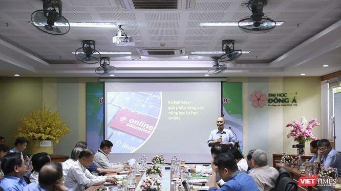 """Quang cảnh Hội thảo """"Ứng dụng công nghệ trong giáo dục đại học, cao đẳng"""" do Câu lạc bộ các trường ĐH,CĐ ngoài công lập tổ chức tại Đà Nẵng"""