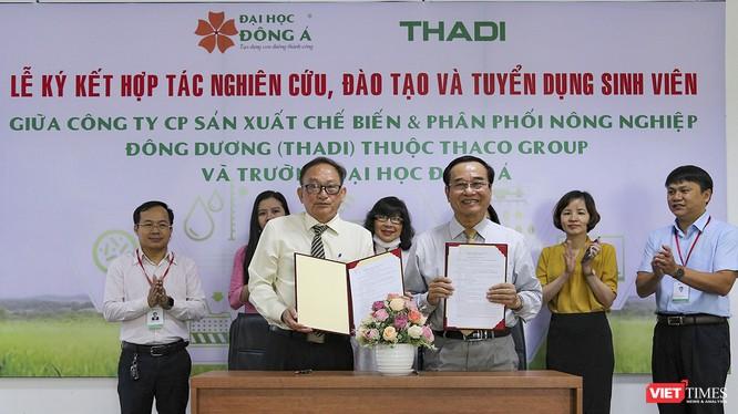 Đại diện THADI và Đại học Đông Á tại lễ ký kết hợp tác đào tạo