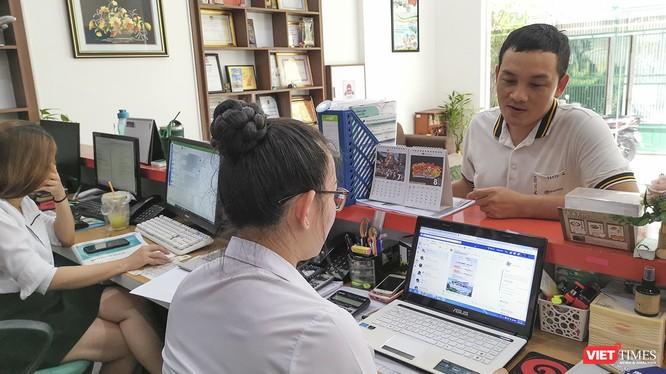 Các doanh nghiệp lữ hành dẫn chuyển sang cung cấp đơn hàng cho du khách qua internet, mạng xã hội