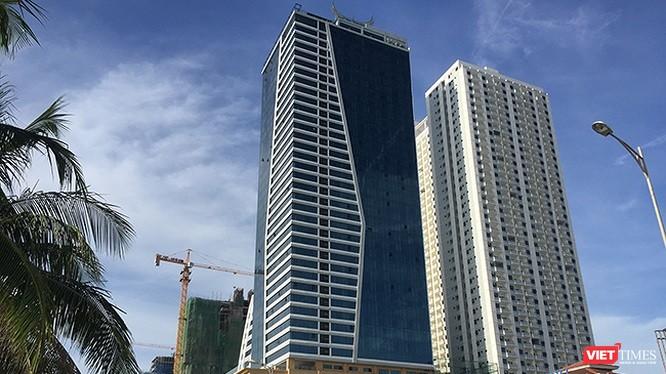 Tổ hợp khách sạn Mường Thanh và căn hộ chung cư cao cấp Sơn Trà.