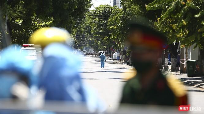 Lực lượng y tế Đà Nẵng không hề đơn độc trong cuộc chiến chống lại dịch COVID-19