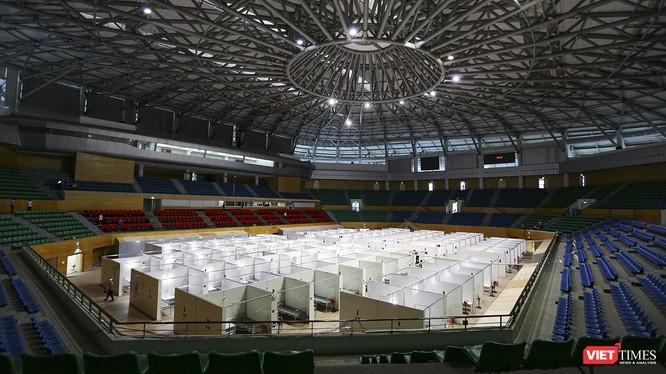 Toàn cảnh Bệnh viện dã chiến tại Cung thể thao Tiên Sơn (Đà Nẵng) đã hoàn thành hạng mục xây lắp