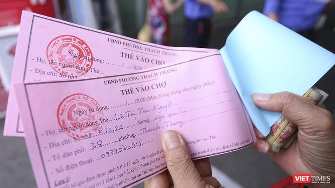 Phiếu đi chợ được phát cho người dân Đà Nẵng