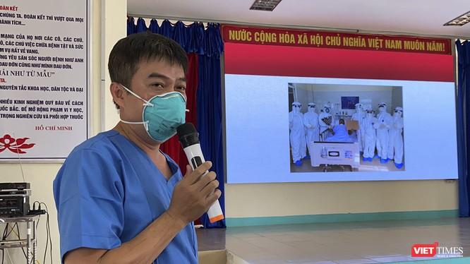 Bác sĩ Trần Thanh Linh - Phó trưởng Khoa Hồi sức cấp cứu, Bệnh viện Chợ Rẫy chia sẻ về công tác điều trị đối với bệnh nhân 581